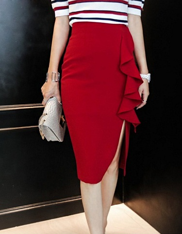 Stylish Slide Slit Red Skirts9