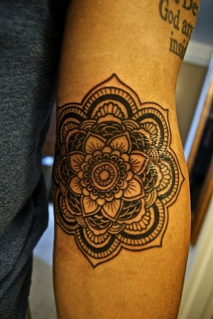 Top 9 Colourful Tribal Flower Tattoos Styles At Life