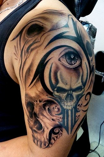 Tribal Tattoo with Skull