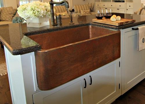Vintage Sink and tap Designed Kitchen