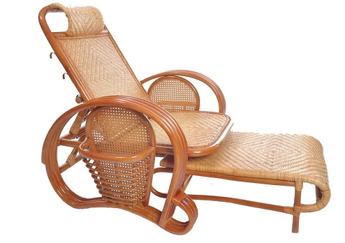 Relaxing bamboo-folding-chair