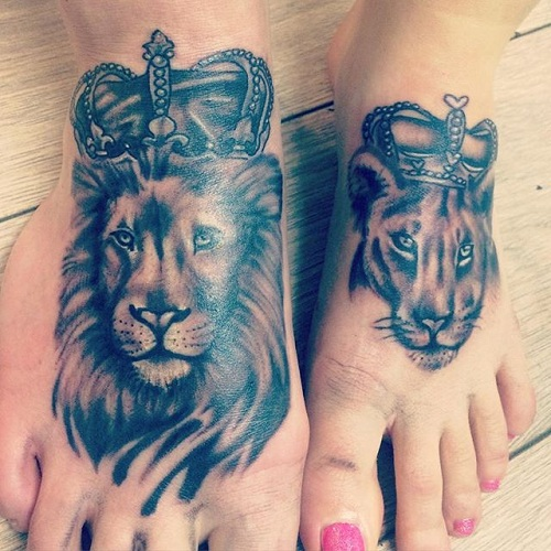 15 stylish king and queen tattoos for couples styles at life. Black Bedroom Furniture Sets. Home Design Ideas