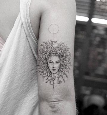 Medusa Rounded Tattoo Designs