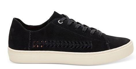 Sneakers Summer Look