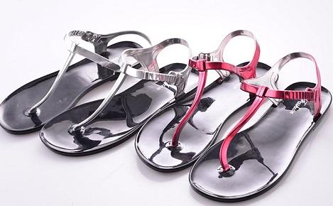 Women's Sandal in Rubber