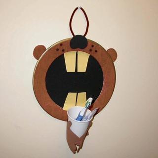 Beaver Toothbrush Holder