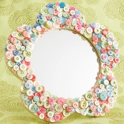 Button Mirrors as a Craft