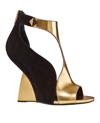 Curvy Gold Designer Sandals