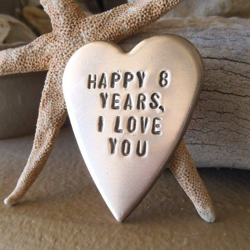 9 Best 8th Wedding Anniversary Gifts And Ideas With Images | Styles ...