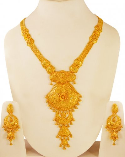 Pattahaar Necklace in 40 Grams Gold