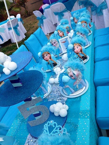 Table Tops Frozen Party Crafts