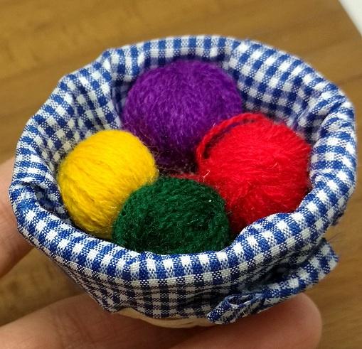 15 Woolen Craft Design Ideas And Activities For Beginners Styles
