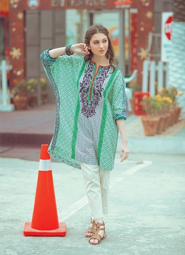 Alkaram Kurti for Winter