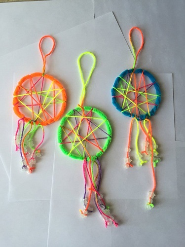 9 awesome pipe cleaner crafts for adults and kids styles for Arts and crafts for adults