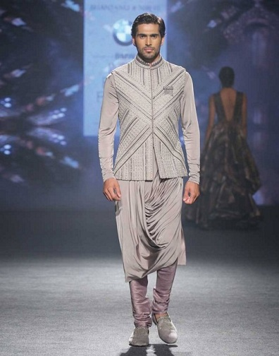 Curved Kurta For Wedding