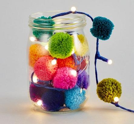 Easy DIY Pom Pom Crafts