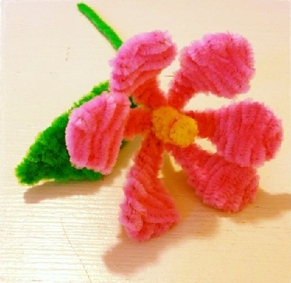 Flower Pipe Cleaner Crafts