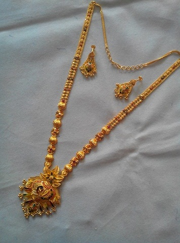 Glorious Gold Necklace Design