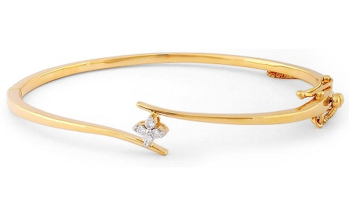 Gold Diamond Yellow 30 gm Bangle