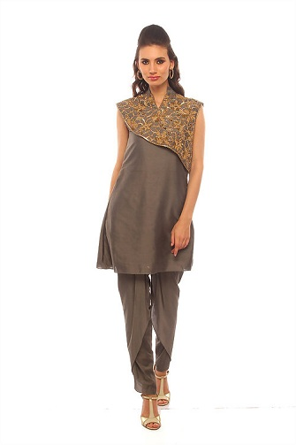 Kurta with Asymmetrical Designed Shrugs