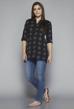bdad69645c9 15 Beautiful And Stylish Kurtis for Jeans In India