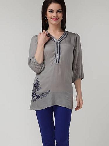 Women's Embellished Trendy Grey Kurti