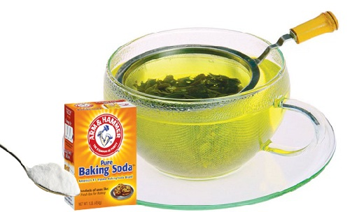 Baking Soda and Chamomile Tea Mixture
