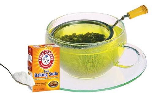Baking Soda and Chamomile Tea Mixture