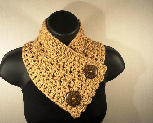 Buttoned Infinity Scarf