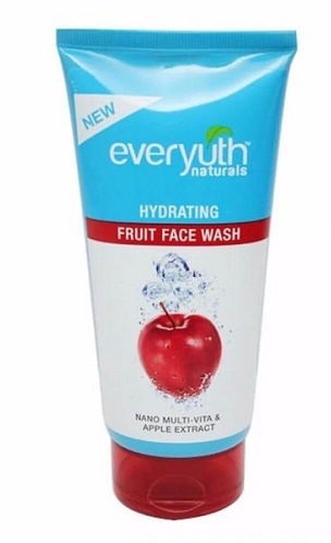 Everyuth Apple Hydrating Fruit Face Wash