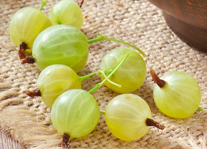 Gooseberry for Glowing Skin 6