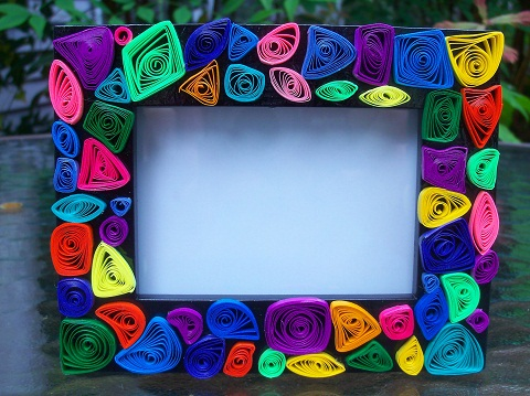 Paper Quilted Photo Frames as a Craft