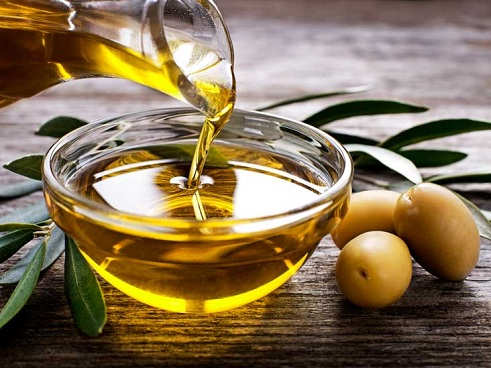 olive oil for dark circles
