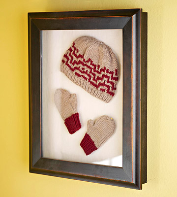 Winter Accessories Frame