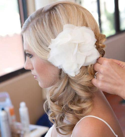 Curled Pony with Flowers