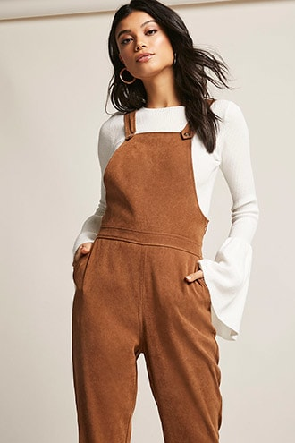 3dc3dd4c5c3d This is the most basic type of overall that is usually worn. New bees would  try with something simple and easy so for them it is the best overalls.