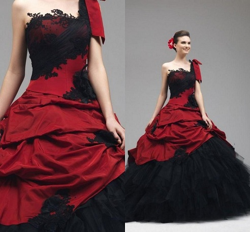 Black and Red Velvet Bridal Dress