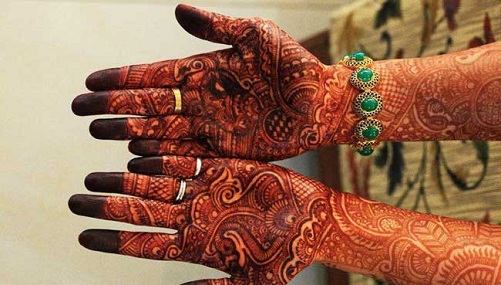 9 modern and attractive red cone mehndi designs styles