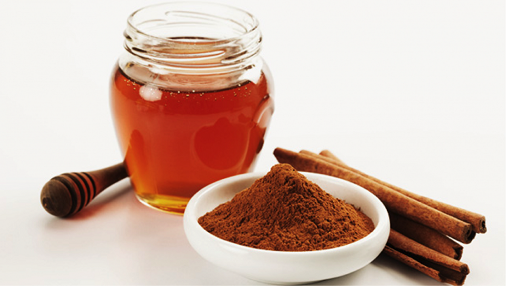 Cinnamon and Honey for Forehead Pimples