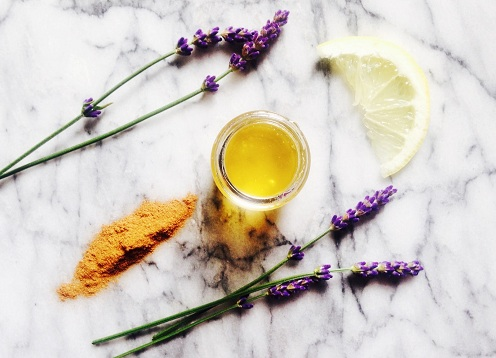Cinnamon and Lavender Oil Face Pack