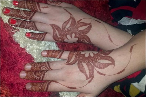Latest Flower Mehndi Design : Modern and attractive red cone mehndi designs styles at life