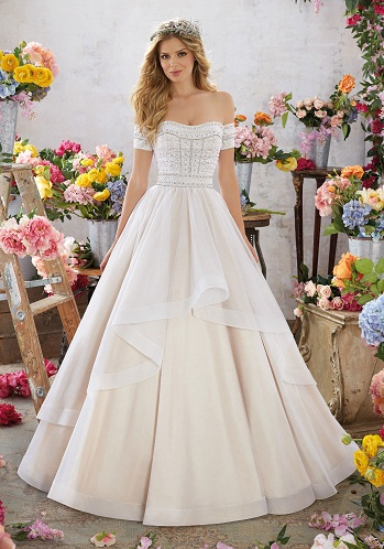 Falling Sleeve Long Wedding Dress