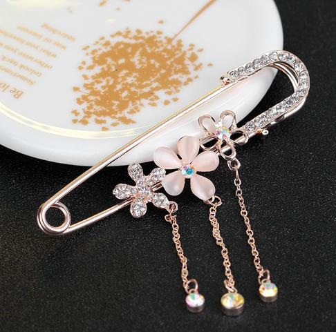 Flowered Luxury Hijab Pins