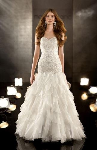 Frothy Skirt Designed Wedding Dress