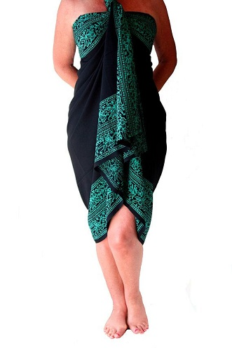 47c0e6daa1711 Here is a perfect example for a perfect match between a beach wear and a  Sarong dress. This is a blue black shade Sarong with its plain body and  wide ...
