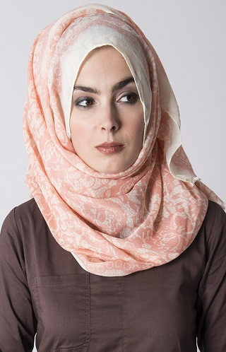 Hijab for Oval Shaped Face