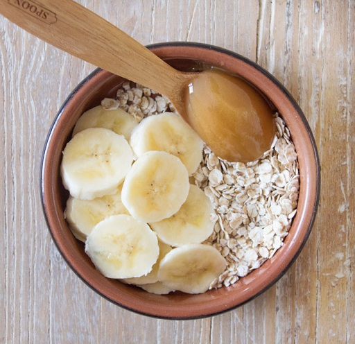 Oatmeal and Banana Skin Rejuvenation Mask