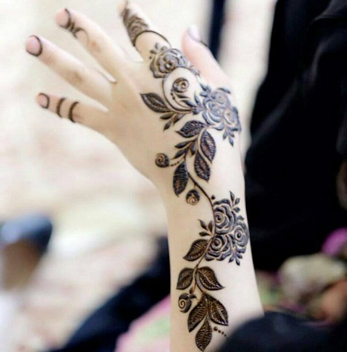 9 new and gorgeous bail mehndi designs with pictures styles at life a great inspiration for mehndi design bail style is the pakistani version this gorgeous rose flower theme design looks stunning on the hand altavistaventures Image collections