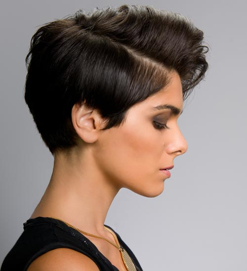 10 Stylish And Latest Short Hairstyles For Oval Faces Styles At Life