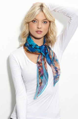 Stylish Short Scarf for Women
